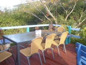monica's lavender cottage deck